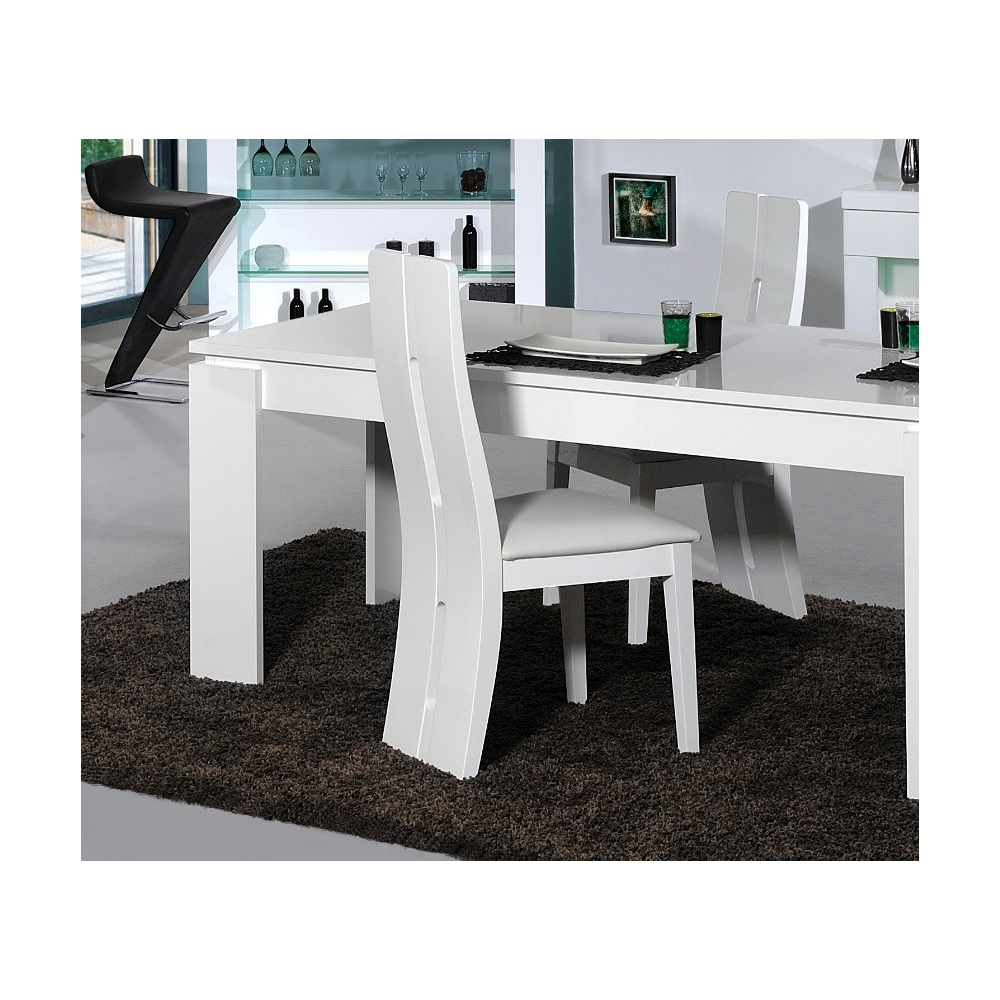 Chaise de salle manger design loyd chaises design for Salle a manger design but